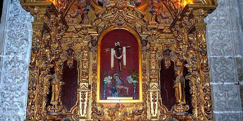 Altar de Nuestra Señora de la Alcobilla